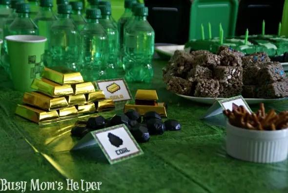Minecraft Birthday Party / by Busy Mom's Helper #Minecraft #Parties #Printables