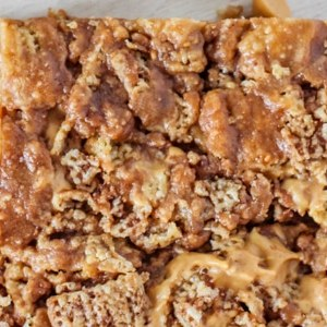 Chocolate Peanut Butter Chex Treats, a gluten-free dessert that will also please a crowd l Steph in Thyme for Busy Mom's Helper