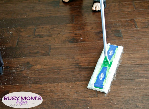 Spring Cleaning for a Move / get our house clean and ready for moving this Spring #AD #SwifferFanatic