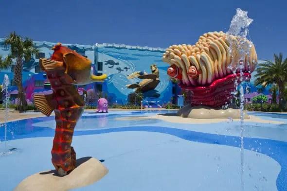 5 Best Resort Pools at Walt Disney World #travel #swimming #pools #resorts #Hotels #disneyhotels #disneyresorts #waltdisneyworld #wdw