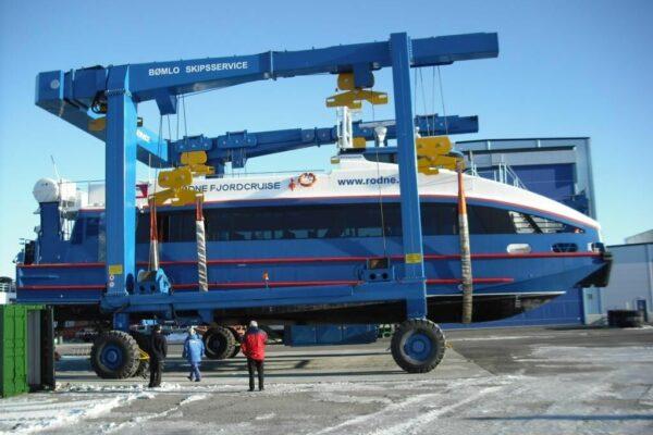 Roodberg-Boat-Handling-Travel-Lift-PHA150-3