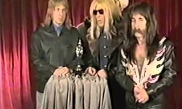 Spinal Tap Tries To Steal EELS 1998 BRIT Award