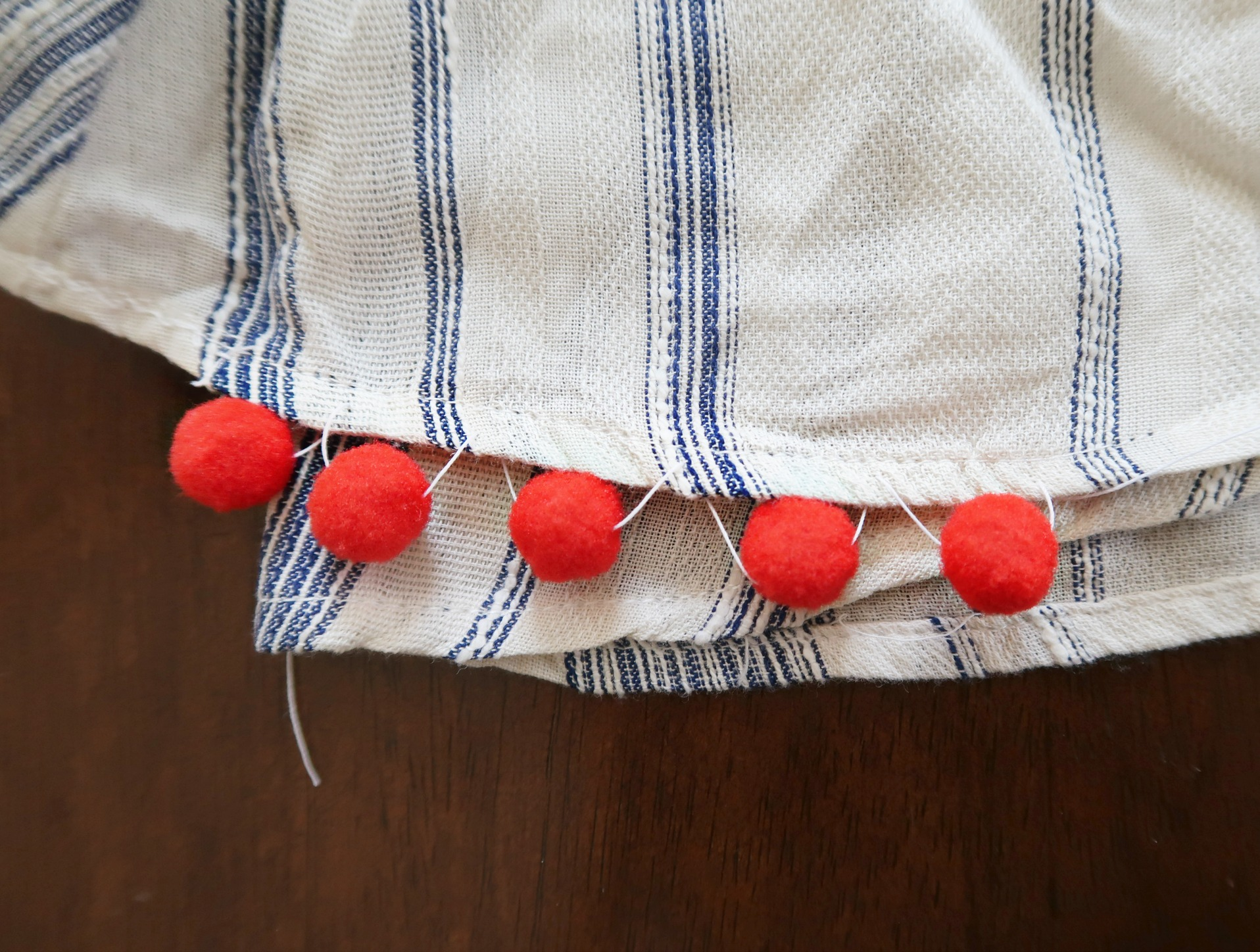 DIY Pom Pom Trim Dress | How to make a pompom trim