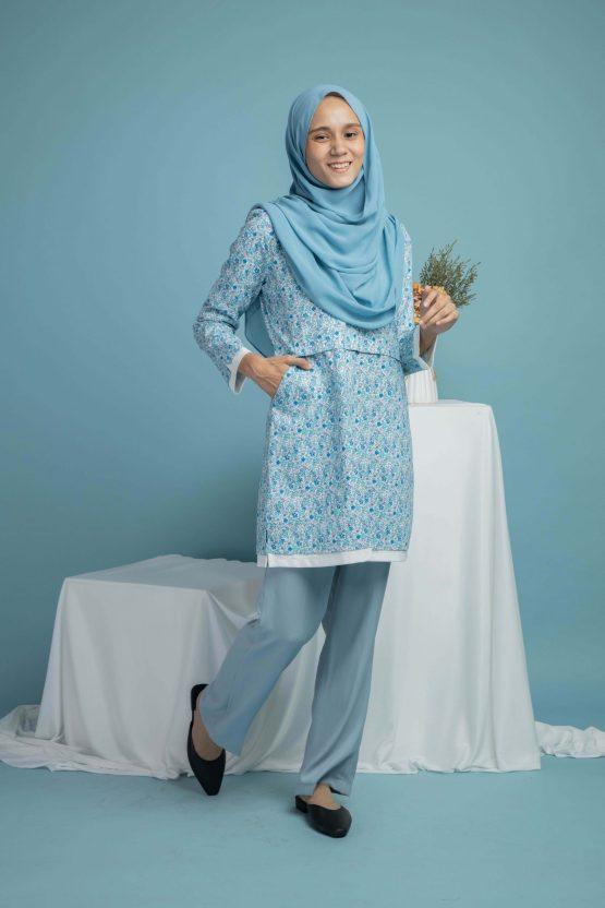 Floral biru