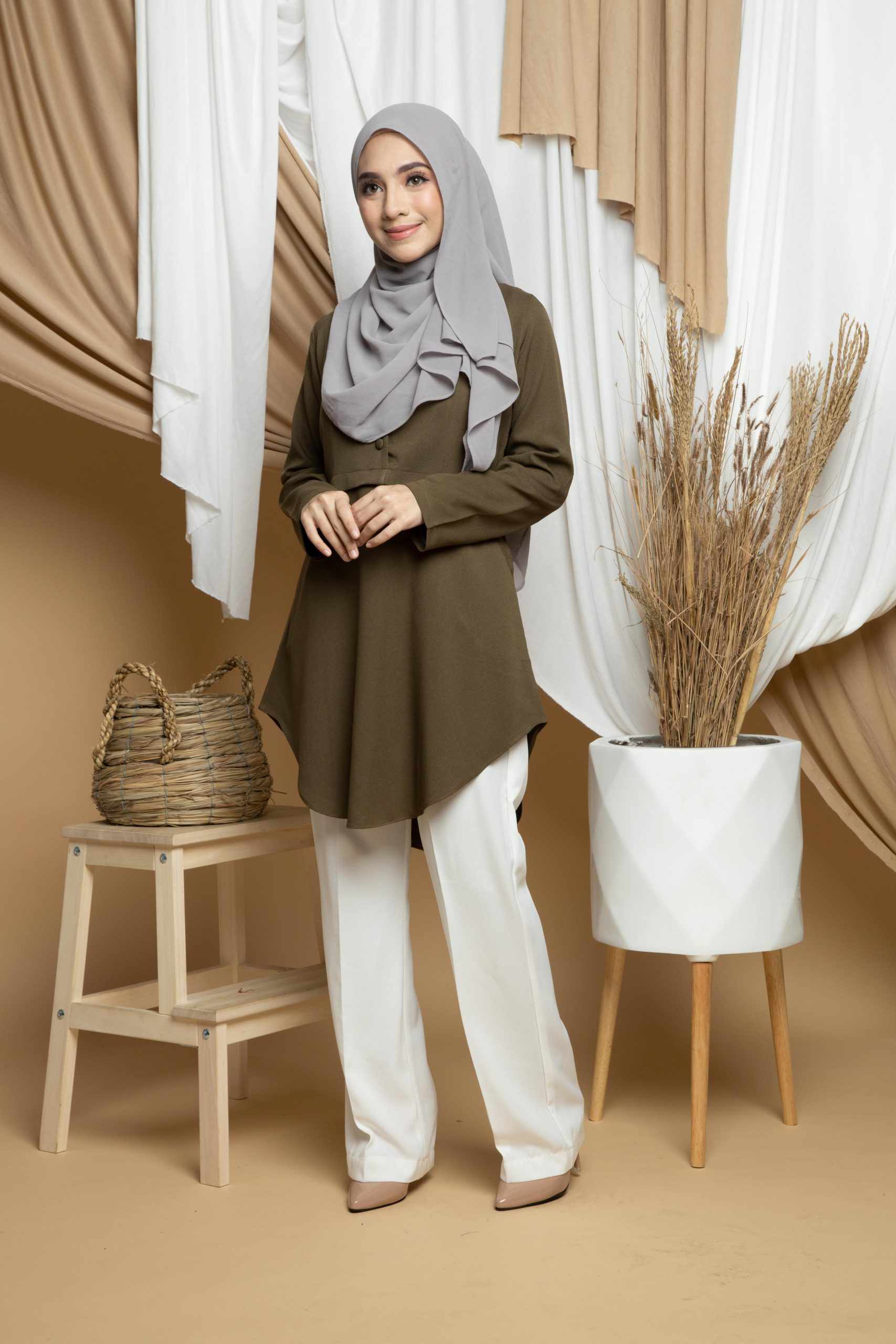 Amisya Long Blouse - olive1