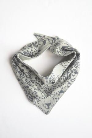 SVANTE-scarf-print-green