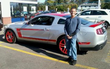 Mike Bevington and his Ford Mustang Laguna Seca