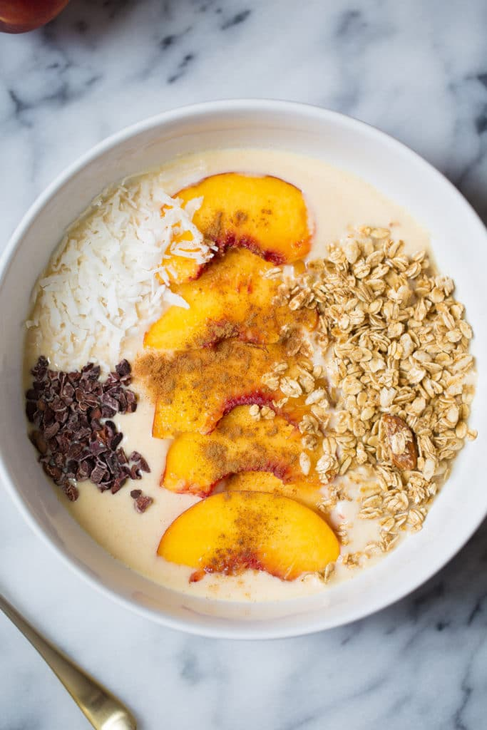 Peach Pie Smoothie Bowl