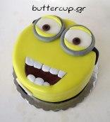 smiling-minion-cake
