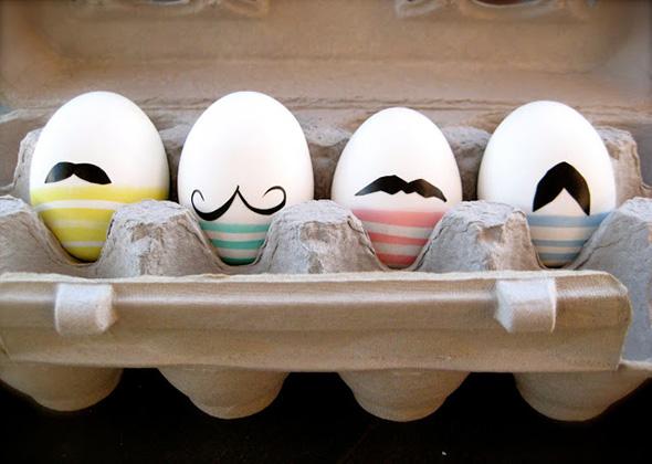 Ostereier mit Schnurrbart
