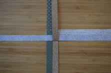 Schritt 6: Den unteren Streifen nach oben falten.