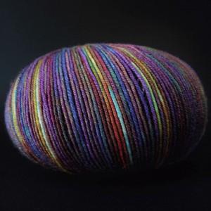 Online-Supersocke-4fach-Silk-Color-Knaeuel-1