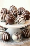 Oreo Balls made with just 3 ingredients & perfect easy dessert! Oreo Truffles made in minutes and so delicious, no one can guess they're made with Oreo cookies!