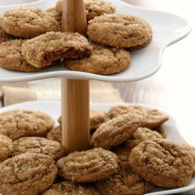 Pumpkin Gingersnap Cookies are soft, perfectly spiced gingersnap cookies made with pumpkin! Classic cookie recipe with a twist perfect for holiday baking.
