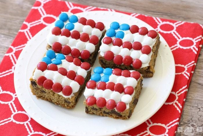 Patriotic Chocolate Chunk Cookie Bars- Butter With A Side of Bread