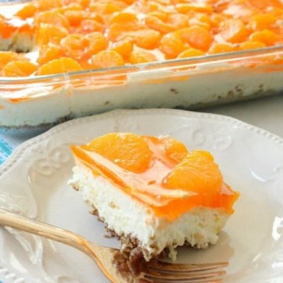 TROPICAL JELLO PRETZEL SALAD