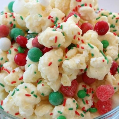 CHRISTMAS CANDY PUFFCORN