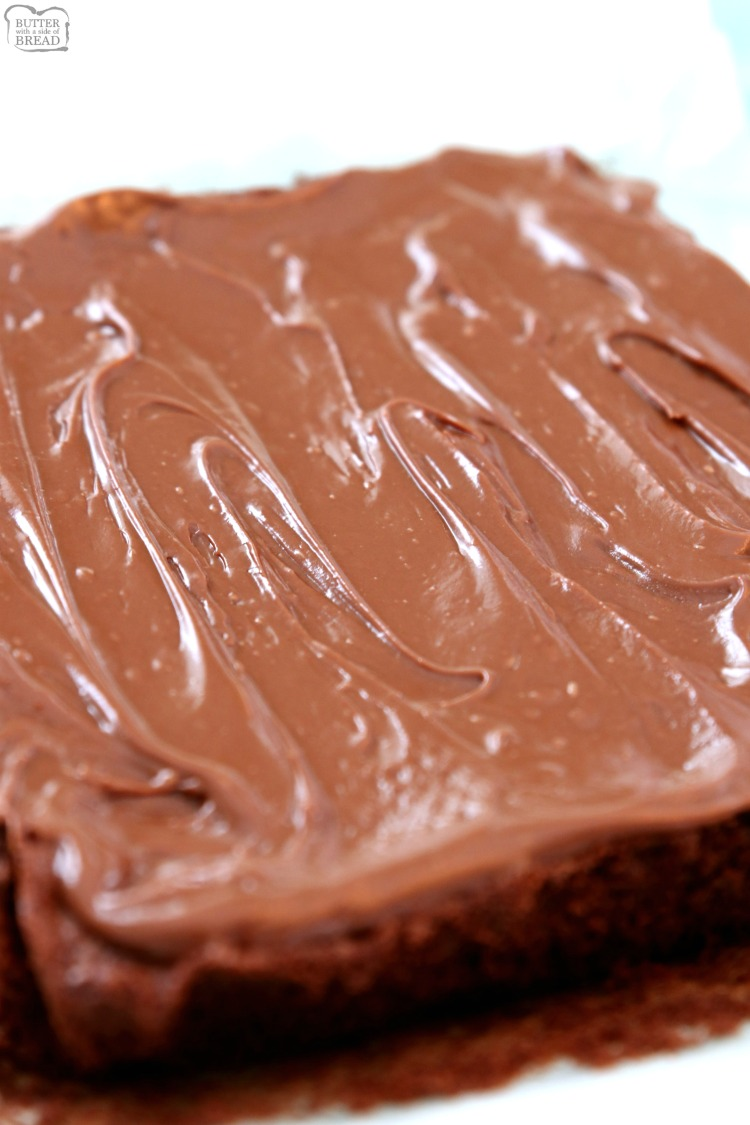 Frosted Brownies. How to make frosting for brownies. Brownies with frosting.