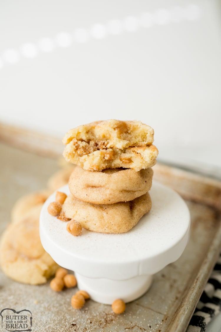 caramel snickerdoodle cookies
