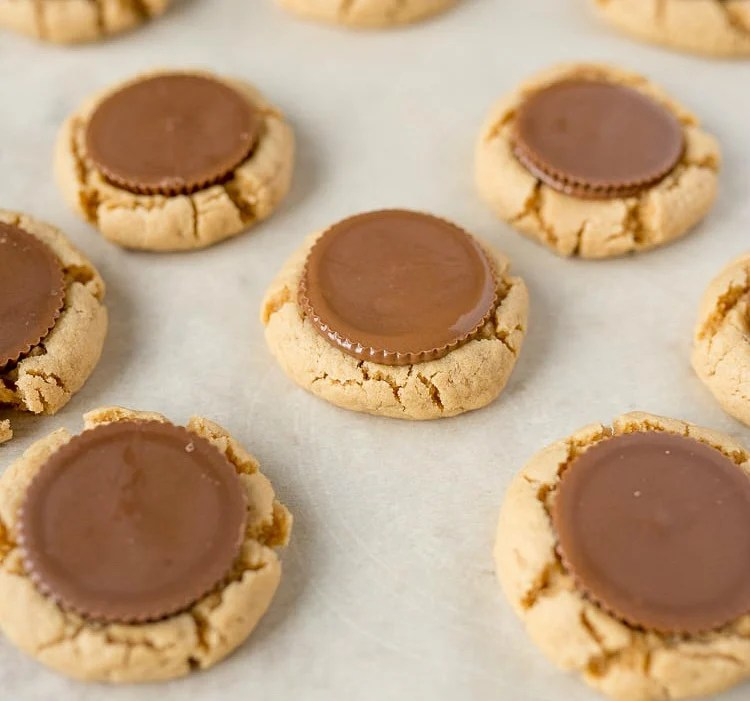 reeses peanut butter cups pressed into cookies