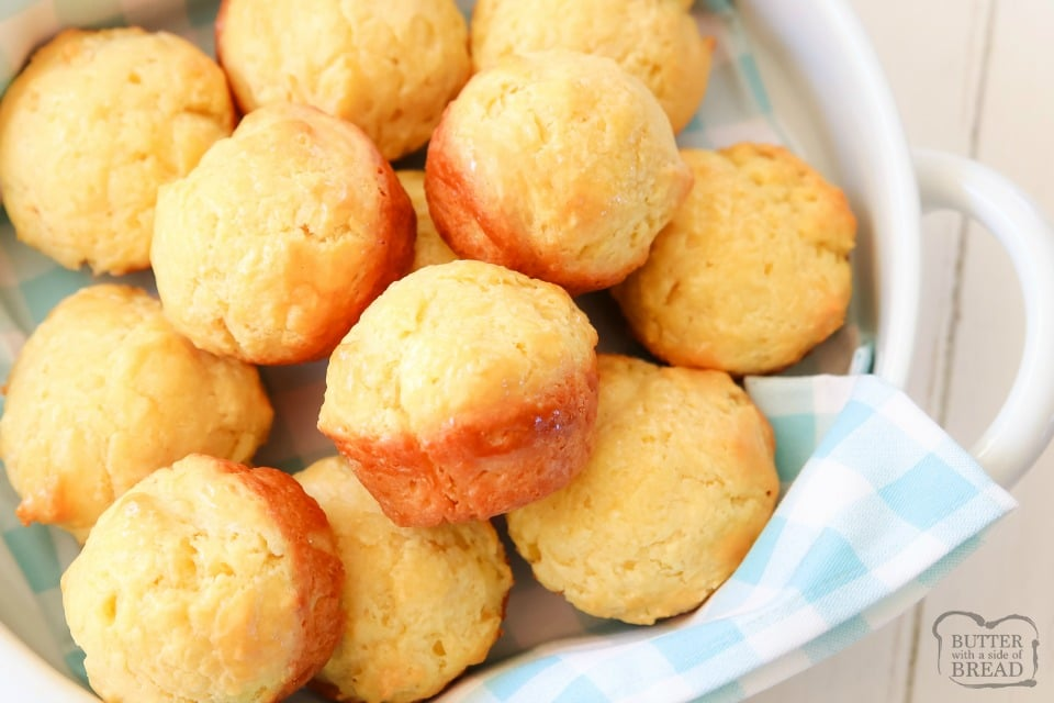 Easy Dinner Rolls made from scratch in minutes with no yeast! Perfect soft rolls with fantastic buttery flavor that require no yeast, no rising, no kneading or shaping. Just mix, scoop and bake!