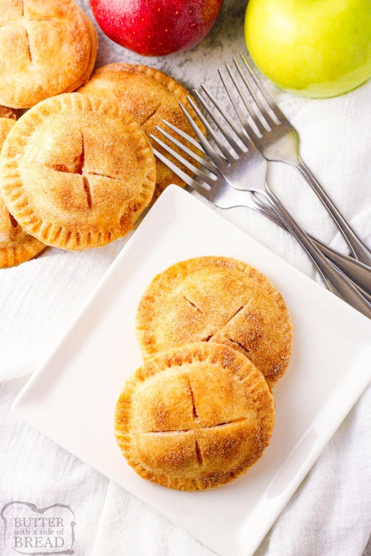 Easy Mini Apple Pies recipe