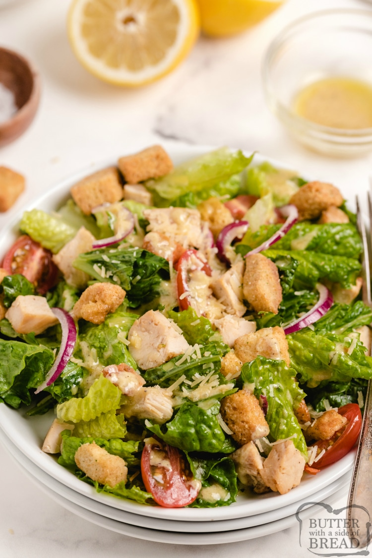 Lemon Caesar Salad is a simple and classic caesar salad recipe with a refreshing, homemade lemon caesar dressing. Serve as a side salad or add grilled chicken to make it an entree!