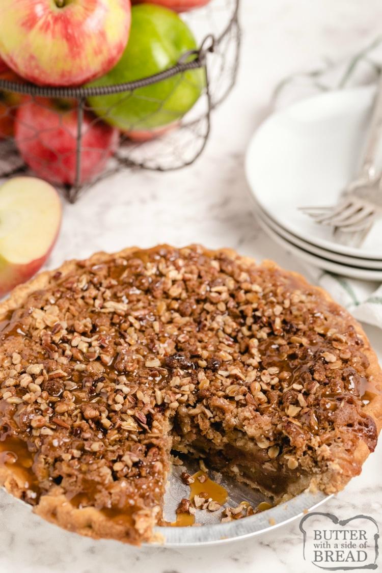Crunchy caramel apple pie recipe
