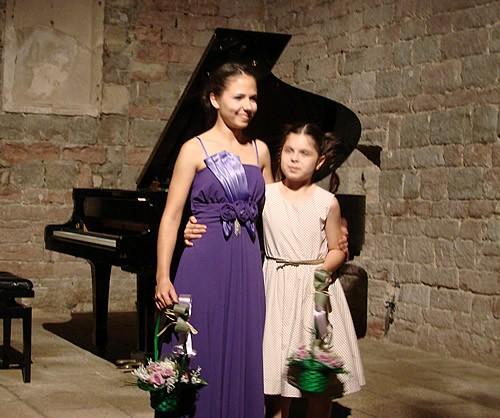 Paola Mitrovic i Anja Sekulic - 2
