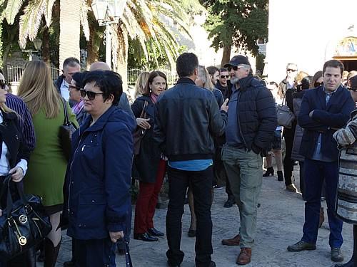 Posjetioci ispred crkve Santa Maria - 4