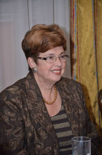 Dr Mila Medigović Stefanović govori na promociji knjiga