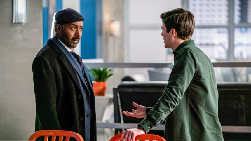 Joe (Jesse L. Martin) and Barry (Grant Gustin) have a heated exchange.