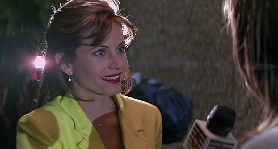 Scream - Gale Weathers in her yellow suit