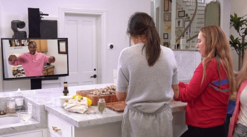Selena+Chef episodes 11-13