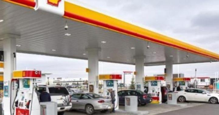 Subió la nafta, de nuevo: YPF lo hizo ayer y Shell se sumó al aumento