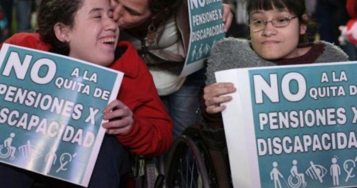 El Gobierno suspende pensiones por discapacidad