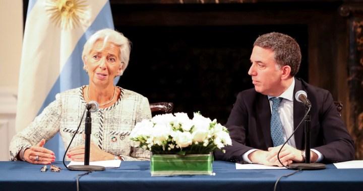 Argentina está en el podio de las peores economías del mundo: 5º en inflación y 2º en caída del PBI