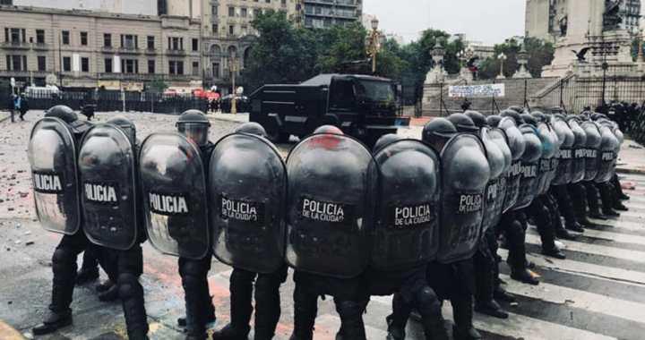 Presupuesto 2019 | La violencia como institución: policías infiltrados, represión y pruebas falsas