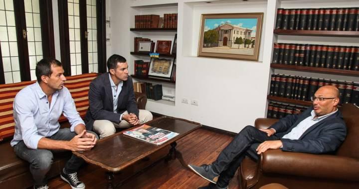 Urtubey, los pasacalles en Buenos Aires y el cambio de opinión sobre Venezuela