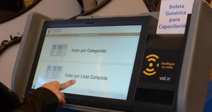 Salta es una de las 5 provincias que desdobla elecciones y fija calendario propio