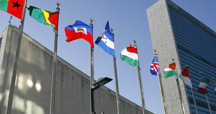 """La ONU pide un freno al """"excesivo control"""" de los vendedores ambulantes africanos"""