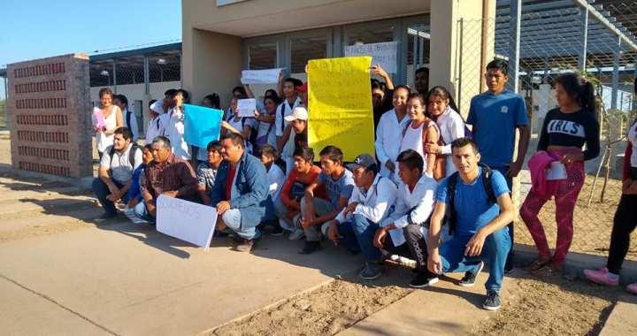Rivadavia Banda Sur: tomaron una escuela por falta de personal de trabajo