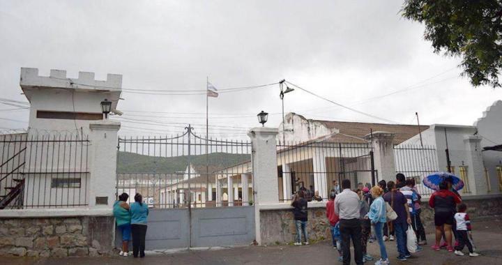 "Comunicación en cárceles de Salta: ""Hay un teléfono público por cada 170 internos"""
