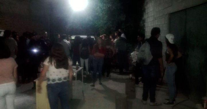Armaron fiesta clandestina con más de 100 personas y fueron imputados