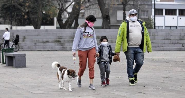 Coronavirus: la OMS recomendó el uso de tapabocas en niños a partir de los 12 años