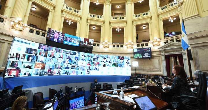 Senado aprobó ley que promueve la paridad de género en Radio y Televisión