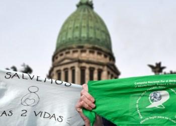 Revés para «los celestes»: Juez rechazó suspender la legalización del aborto
