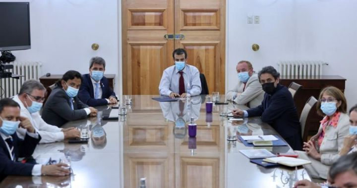 Alberto Fernández en Chile: la invitación a Sáenz y el enojo de Suárez