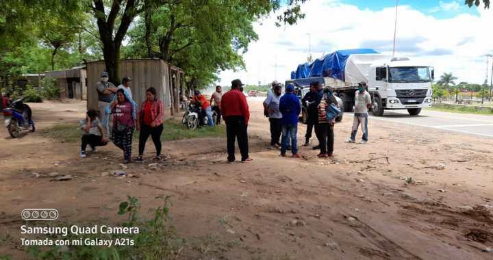 Embarcación: comunidad wichi corta Ruta 34 por falta de agua y luz