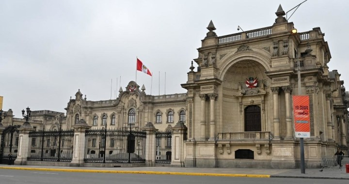 Perú: Congreso aprueba la eliminación de la inmunidad parlamentaria